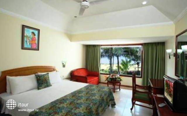 Longuinhos Beach Resort 5