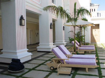 Club Mahindra Emerald Palms (ex. The Retreat By Zuri) 10