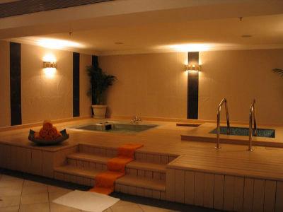Club Mahindra Emerald Palms (ex. The Retreat By Zuri) 6