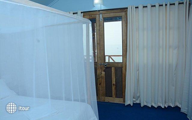 Neptune Point Beach Resort 10