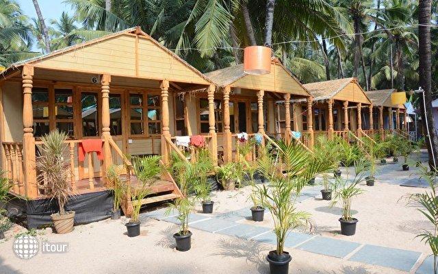 Neptune Point Beach Resort 3