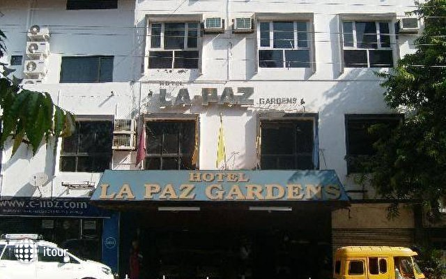 La Paz Gardens 10