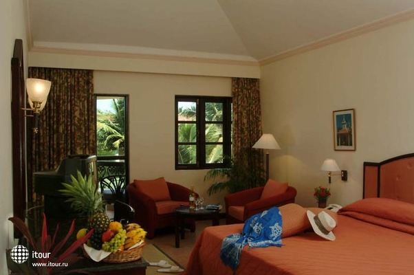 Gaffinos Beach Resort 6