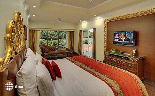 Mayfair Hideaway Spa Resort 9