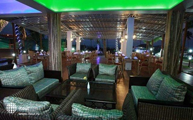 Lucky Star Hotel  6