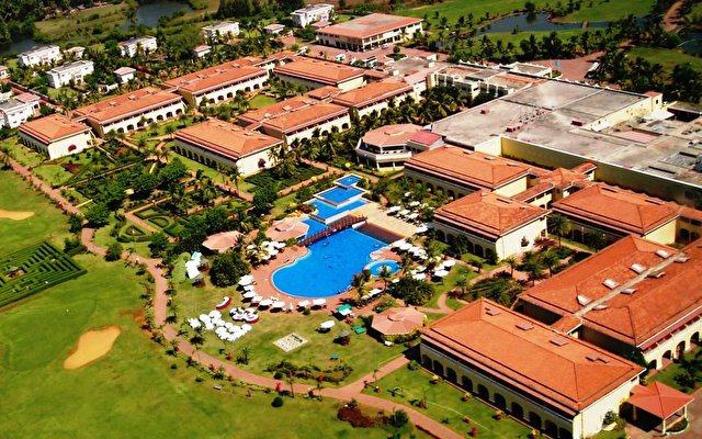 The Lalit Golf And Spa Resort 1