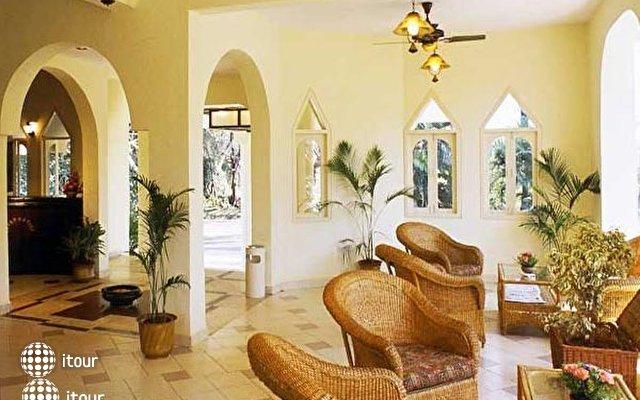 Varca Palm Beach Resort 4