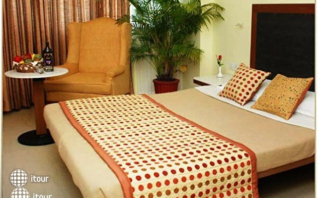 Lotus Suites Beach Goa 3