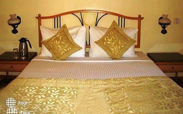 Lotus Suites Beach Goa 5