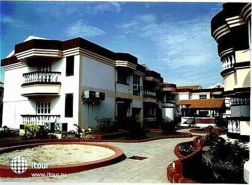 Lotus Suites Beach Goa 8
