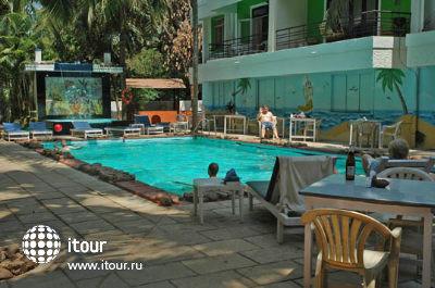Magnum Resort 1