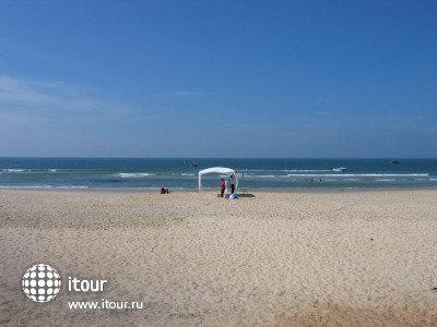 Le Palms Varca Beach 2