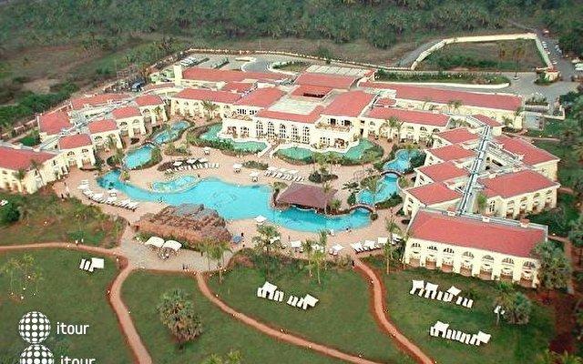 The Zuri Varca Goa White Sands Resort (ex Radisson) 1