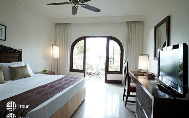 Fort Aguada Beach Resort 8