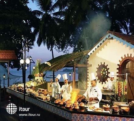 Cidade De Goa Beach Resort  7
