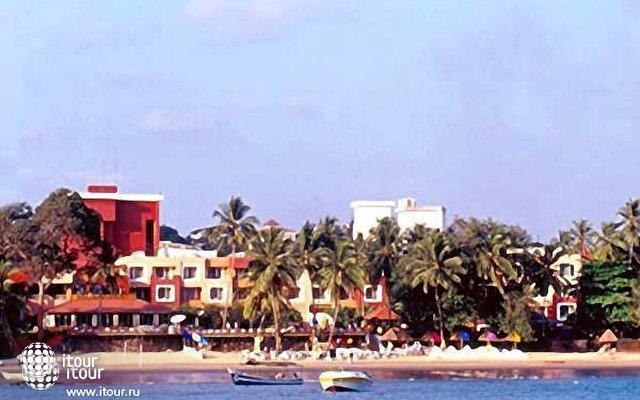 Cidade De Goa Beach Resort  9