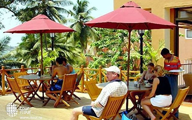 Cidade De Goa Beach Resort  10