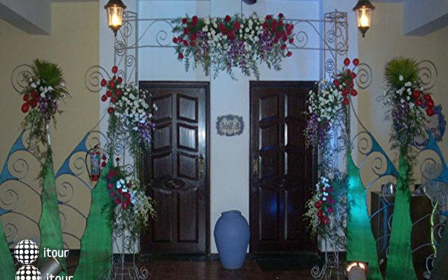 Holiday Inn Resort 4