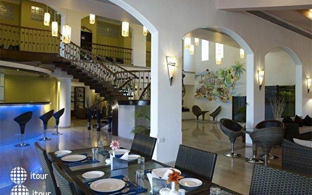 Hotel 10 Calangute 7