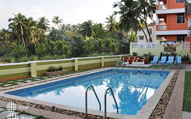 Betalbatim A's Holiday Beach Resort 10