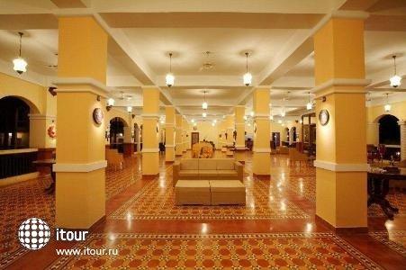 Girasol Resort De Candolim 1
