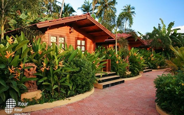 The Fern Gardenia Resort 4
