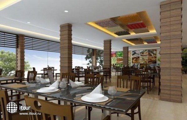 Radisson Resort Goa 9