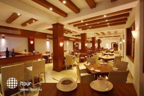 Girasol Beach Resort 7