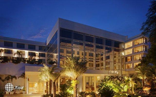Radisson Blu Plaza Hotel 1