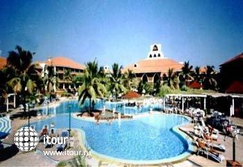 Haathi Mahal (royal Goan Beach Club Haathi Mahal ) 2