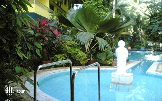 Falcon Resorts 3
