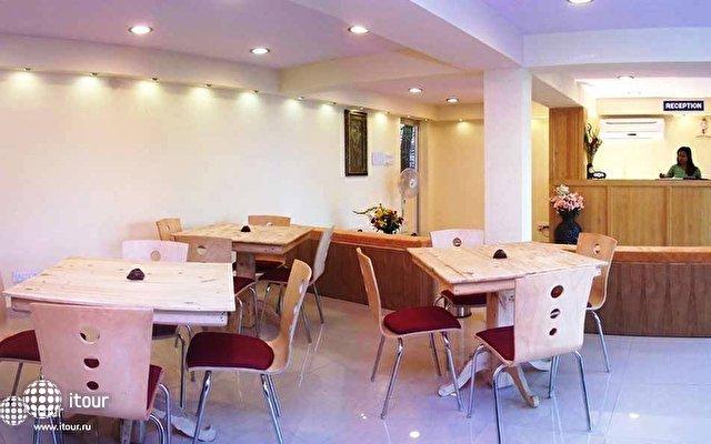 Ronil Beach Resort 5