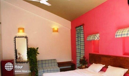 Ronil Beach Resort 7