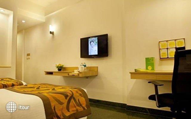 Lemon Tree Hotel Udyog Vihar 7