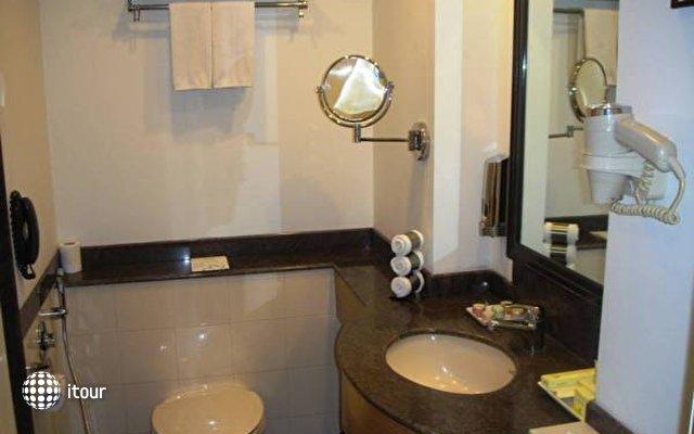 Lemon Tree Hotel Udyog Vihar 9