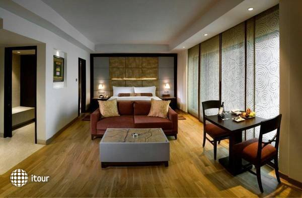 The Lalit New Delhi 10