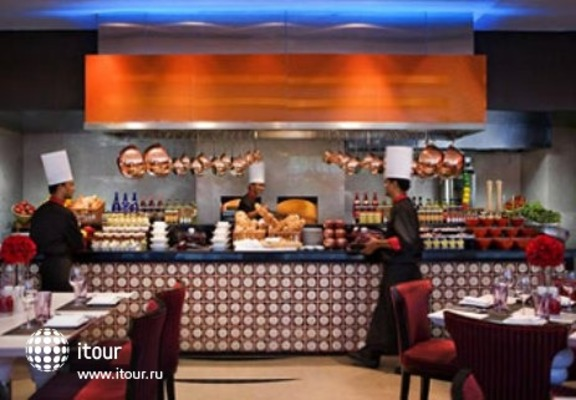Courtyard By Marriott Gurgaon 10