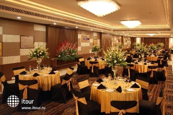 Golden Tulip Chattarpur New Delhi 8