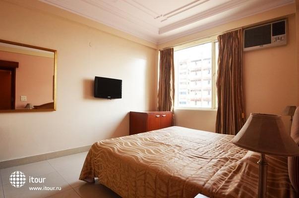 Hotel Tourist Deluxe 3