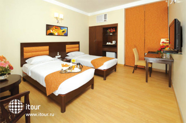 Clarks Inn Kailash Colony - New Delhi 2