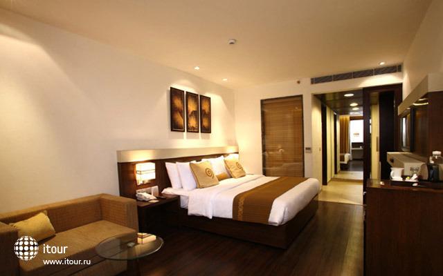 Shervani Nehru Place 4