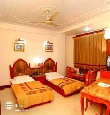 Hotel Sunstar Residency 5