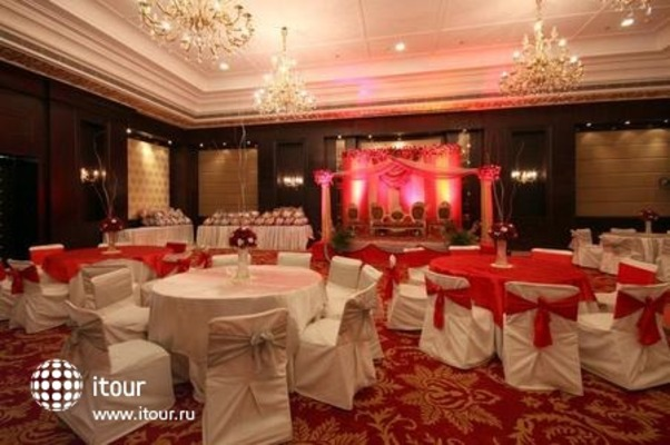 Country Inn & Suites By Carlson Delhi Satbari 9