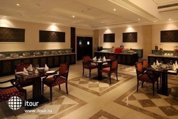 Country Inn & Suites By Carlson Delhi Satbari 10