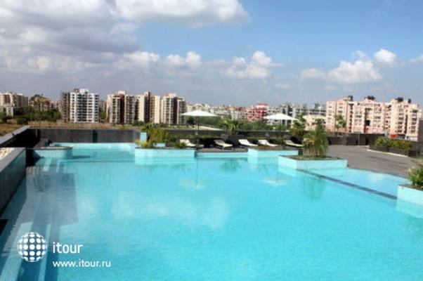 Radisson Blu Hotel New Delhi Dwarka 2