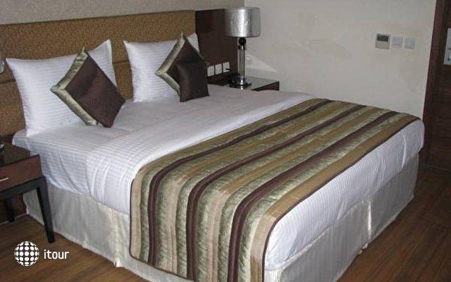 Alpina Hotels & Suites 6