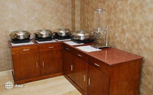 Alpina Hotels & Suites 7