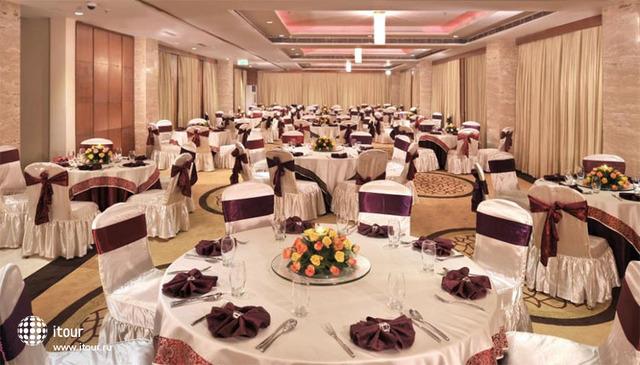 Best Western Skycity Hotel 9