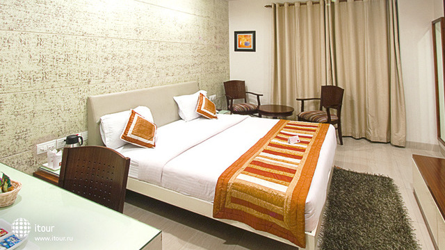 Cosy Grand Hotel 3