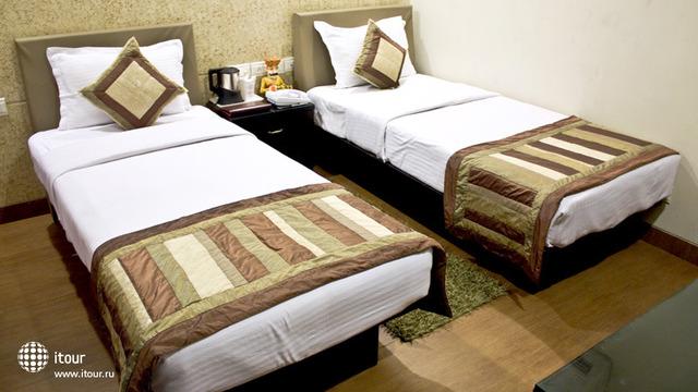 Cosy Grand Hotel 1